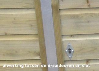 Opbergkast met degelijke deursluiting