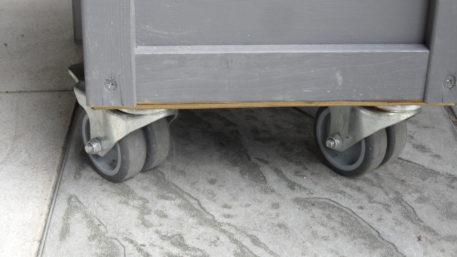 Optioneel is het wielenset met rem (4st)