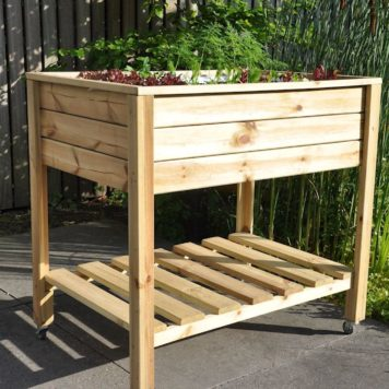 Planter on Wheels een handige kweektafel