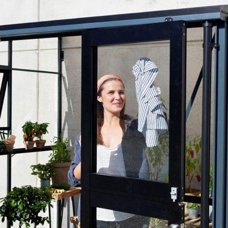 Beglazing zijwanden van de veranda is 3mm veiligheidsglas