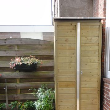 Tuinkast Solida Hoog 8054180 gemonteerd