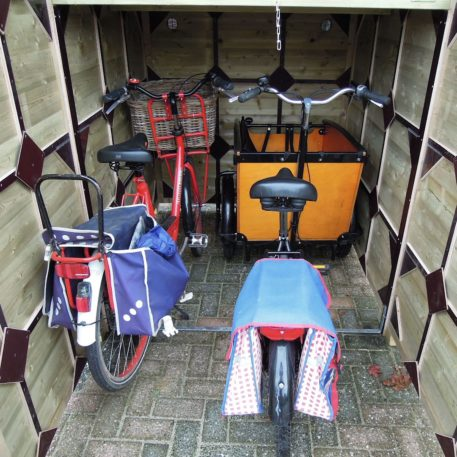 Je kunt ook meerder fietsen plaatsen naast je bakfiets