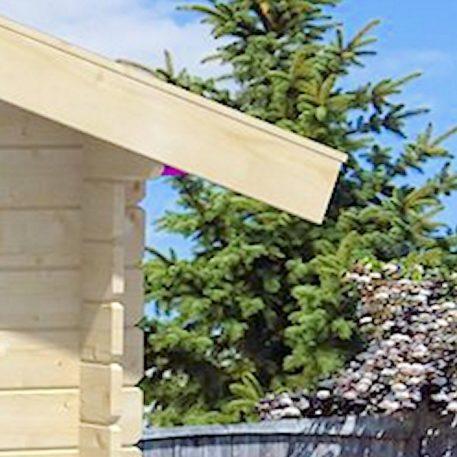 het dakoverstek van tuinhuis Felix is ongeveer 20 cm