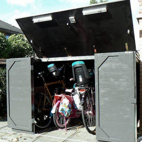 Eliv fietsberging 250 door klant geschilderd